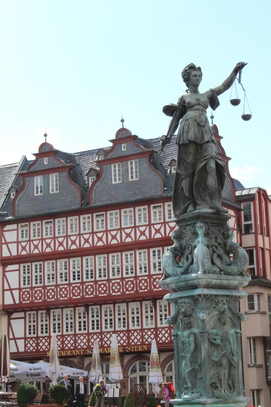 The goddess Justitia in the Römerberg